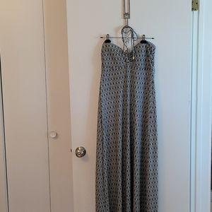 STUNNING HELEN JON DRESS